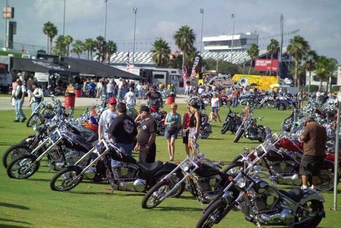Daytona Bike Week крупнейшее байк-шоу в Америке (64 фото)