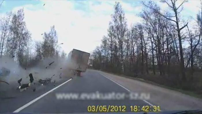 Авария дня часть 561 (8 фото+видео)