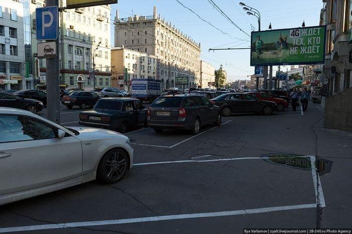 Московская парковка на тротуарах (18 фото)