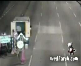 Авария с мотоциклистом от zubrilov за 26 августа 2011