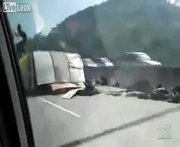Жесть на дороге от zubrilov за 30 сентября 2011
