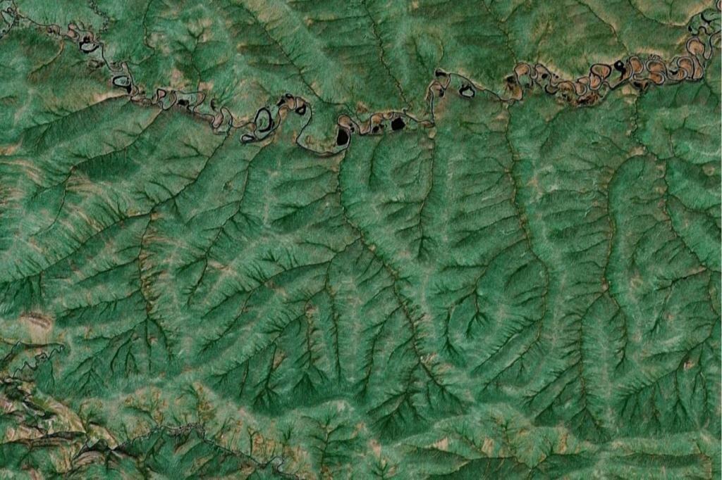 Interesting Fractal Patterns On Earth