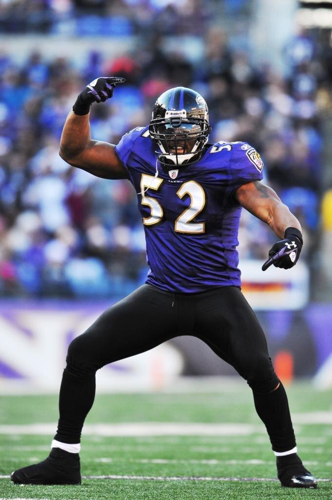 Ray Lewis, Ravens Linebacker, Retires.