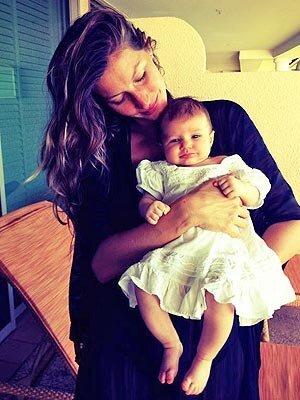 Gisele Bundchen Debuts 2-Month-Old Daughter Vivian Lake от Helen за 08 feb 2013