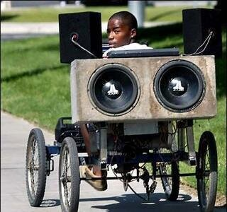 Sound Systems on The Go от Marinara за 06 mar 2013