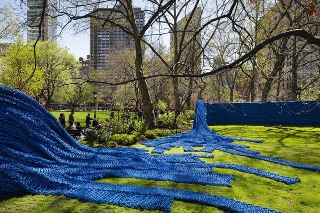 1.4 Million Feet of Rope Covers Madison Square Park in NYC