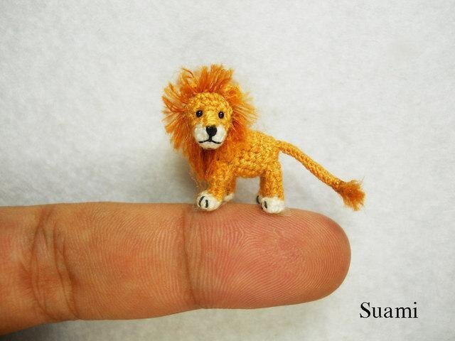 Adorable Crochet Animals That are Smaller than a Fingertip