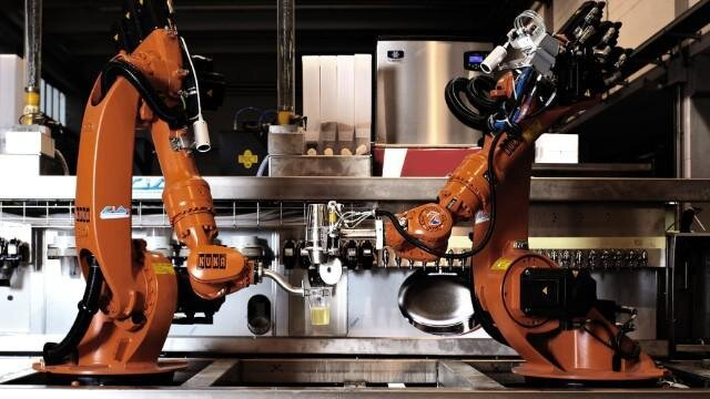 Robotic Bartender System, Should People Behind The Bar Get Worried?