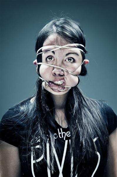 Bizarre and Amusing Portraits of Faces Wrapped in Rubber Bands от Marinara за 15 jun 2013