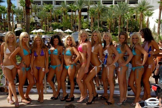 Конкурс бикини SilverCash Bikini Contest 2007 (30 фото)