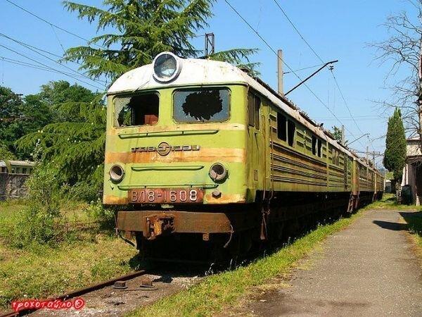 Кладбище поездов (45 фото)
