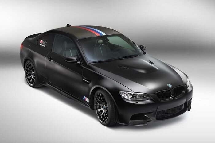 Компания BMW представила спецверсию M3 DTM Champion Edition (13 фото)