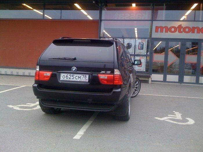Финны открыли блог - Я паркуюсь как *удак (15 фото)