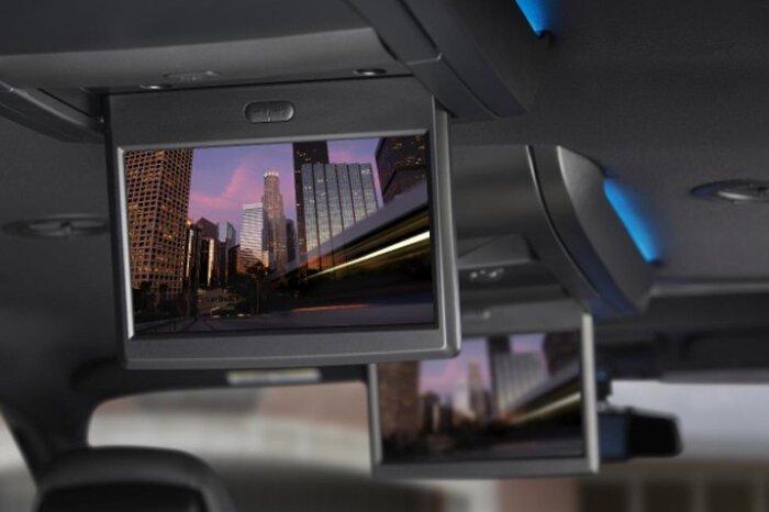 Минивэны Chrysler обзавелись Blu-Ray системой