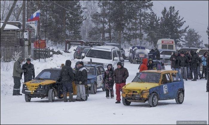 Зимний автокросс на автомобилях ОКА (24 фото)
