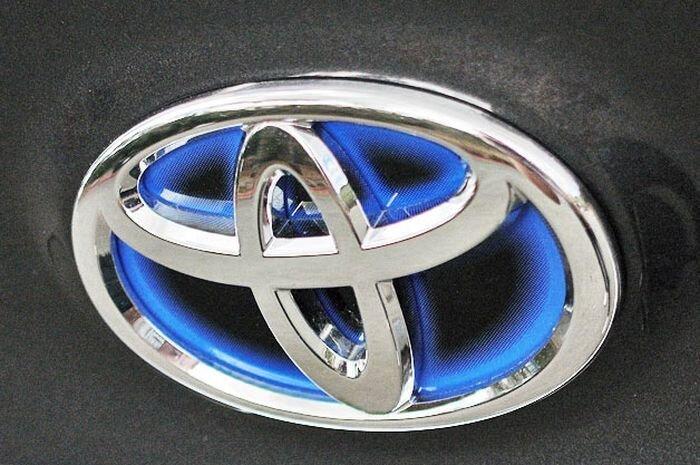 Компания Toyota выплатит 1,4 миллиарда долларов недовольным клиентам (текст)