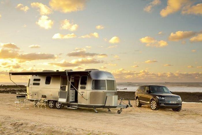 Range Rover c прицепом Airstream доехал до Марокко и обратно (12 фото)