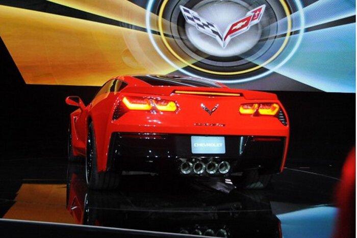 Новый Chevrolet Corvette Stingray представлен в Детройте