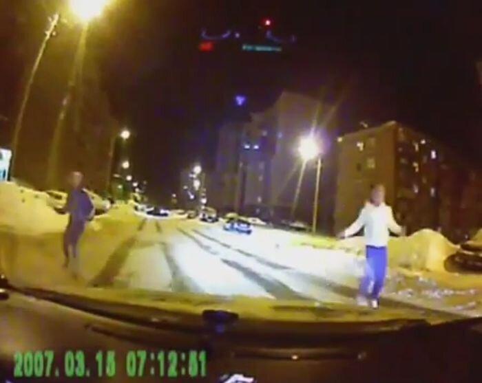 Попытка автоподставы и погоня за жертвой (видео)
