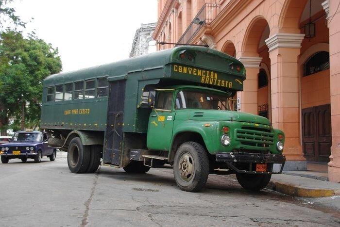 Наши автомобили на Кубе (30 фото)