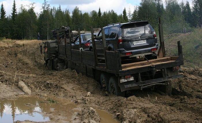 Эксперты определили самые безопасные российские дороги (2 фото)