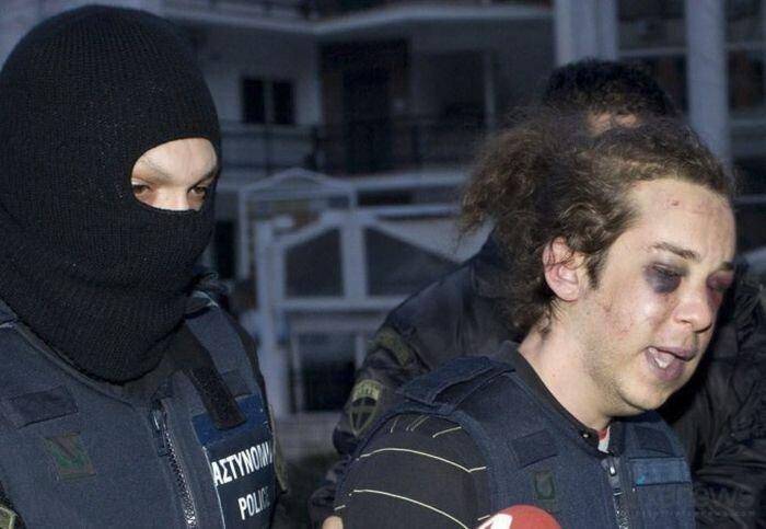 Полицейский произвол (3 фото)