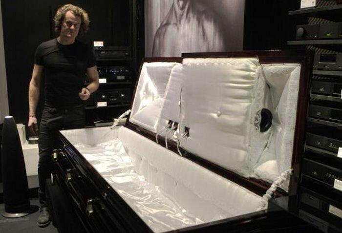 Музыкальный гроб для истинных меломанов (фото+видео)