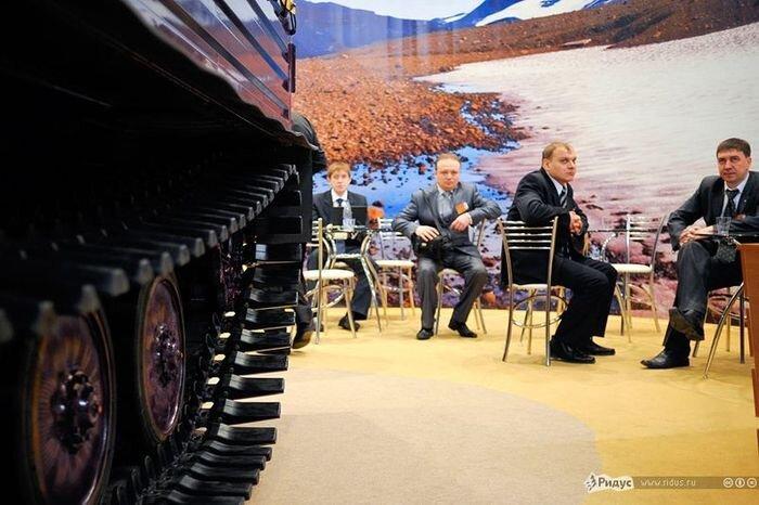 Комфортабельный танк от отечественного производителя (15 фото)