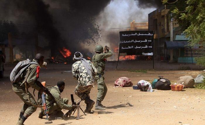 Новый этап войны в Мали (37 фото)