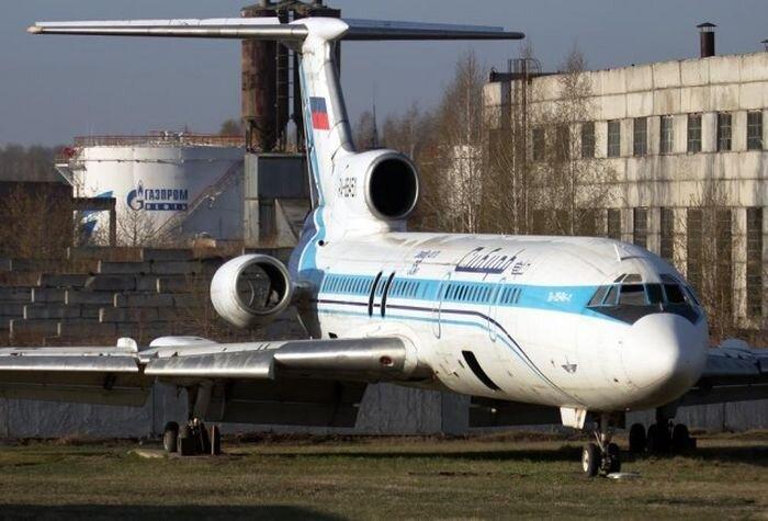 Брошенные и забытые самолеты (11 фото)