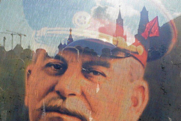 60 лет со дня смерти Иосифа Сталина (22 фото)