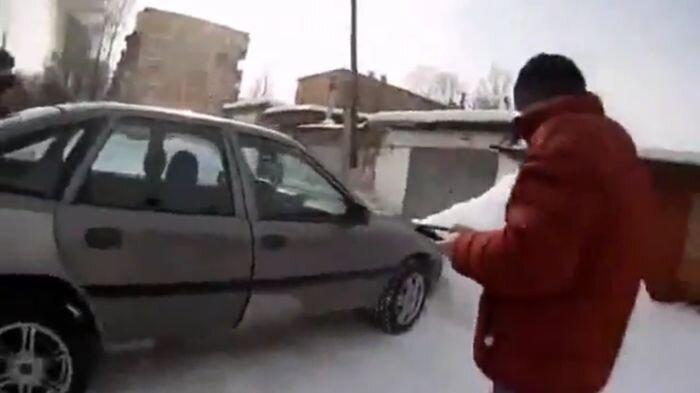 Тульские умельцы научились управлять авто через планшет (видео)