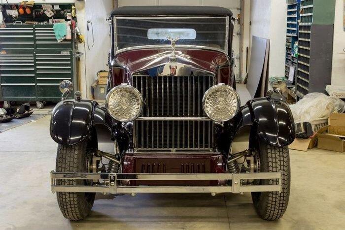 Чем необычен этот Rolls Royce? (21 фото)