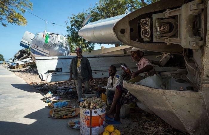 Белорусский ИЛ-76 в Сомали (12 фото)