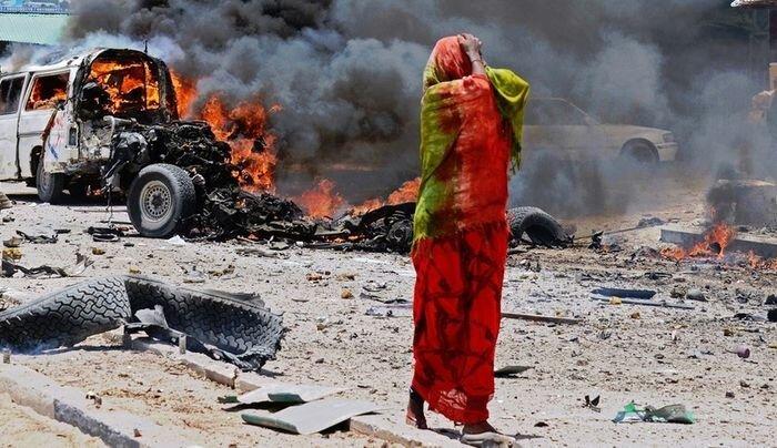 Террористический акт в Сомали (3 фото)