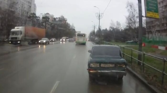 Зеленоградского автобусника и кумира уволили (текст)