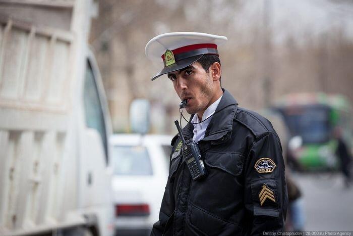 Правила дорожного движения в Иране (20 фото+видео)