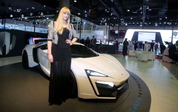 Первый арабский суперкар (10 фото)