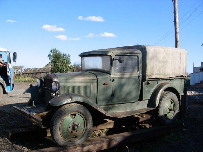 Советские автомобили довоенного периода (49 фото)