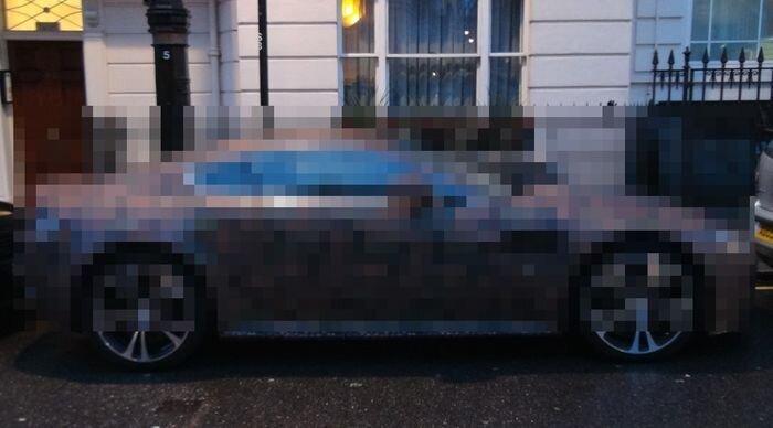 Aston Martin Vantage V12 в необычном цвете (9 фото+видео)