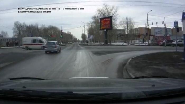 Авария дня часть 989 (4 фото+видео)