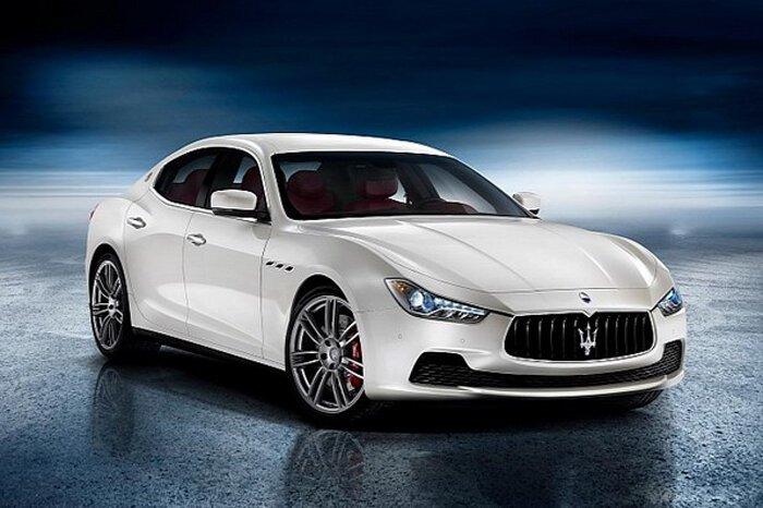 Maserati официально показал Ghibli