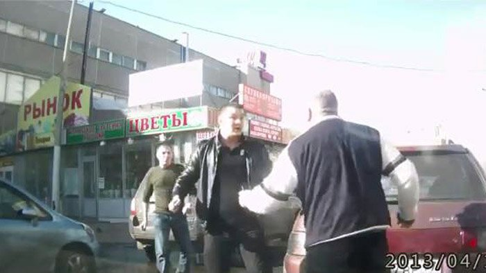 Конфликт на дороге (Фото+видео) от zubrilov за 15 апреля 2013