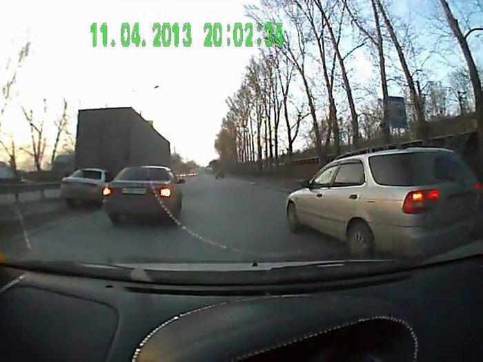 Авария дня часть 1005 (2 Фото+Видео)
