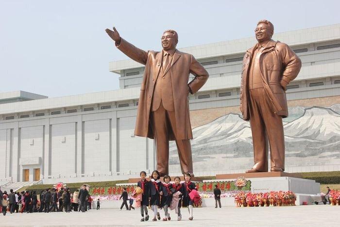 Северная Корея накануне войны (48 фото)