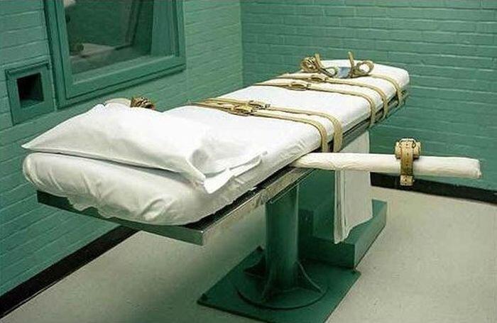 Разновидности смертных казней (7 фото)