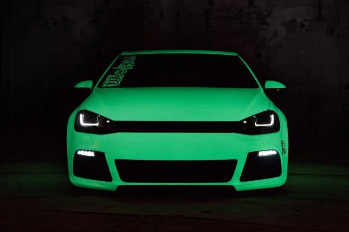 Светящийся в темноте VW Golf (22 фото+видео)