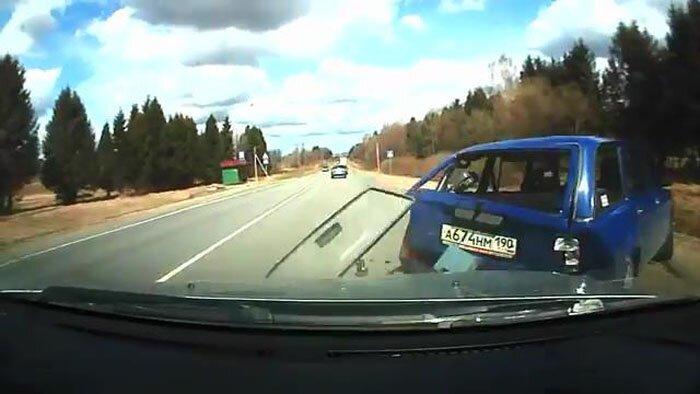 Авария дня часть 1023 (4 фото+видео)