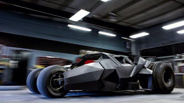 Реплика автомобиля Бэтмена (12 фото)