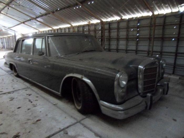 Уникальный Mercedes-Benz 600 1965 года выставлен на продажу (8 фото)